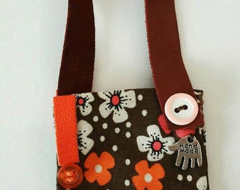 Wonderful handmade messenger hippy bag for your Neo Blythe. With real leather.