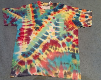 """tie dye t-shirt youth small""""zigzag"""""""