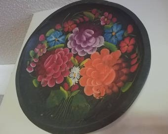 vintage round flower tray