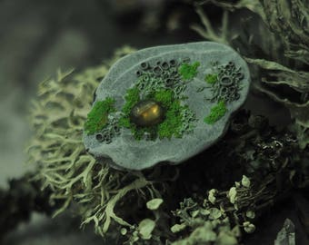 Nature jewelry .  ossy and lichens   stone Brooch   . Brooch  of polymer clay with realistic moss. With cabochon Labrador.forest jewelry