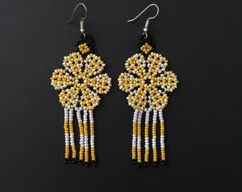 Handmade chaquira earrings. Chaquira earrings