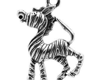 Set of 2 silver Zebra charm measuring 17x26mm