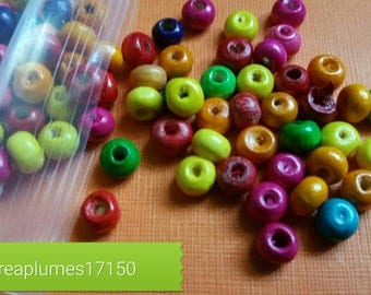 Set of 200 multicolored wooden beads, 4mm