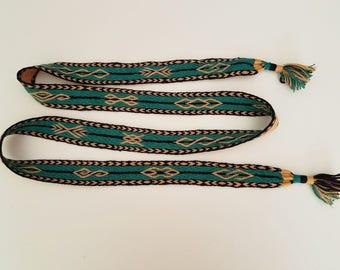 belt woven hand, 67,7 inch long by 1,38 inch wool, 62 weaving