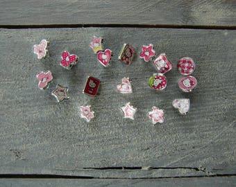 Set of 18 Hello Kitty beads
