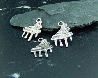 2 pendants charms silver colored musical instrument