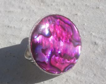Large fuchsia abalone shell ring