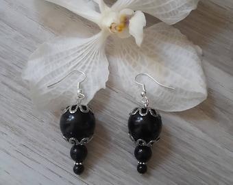 dangling earrings black pearls