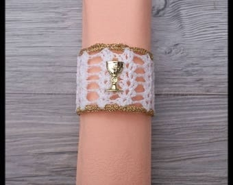 """10 napkin rings """"chalice"""" for communion white, gold with gold cross"""
