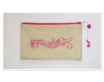 EMBROIDERED REACH MUSICAL TREBLE CLEF FUCHSIA COLOR KIT