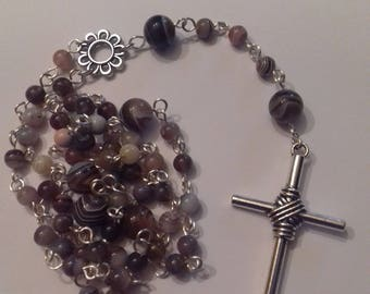 Antiternissement silver plated Rosary Botswana agate