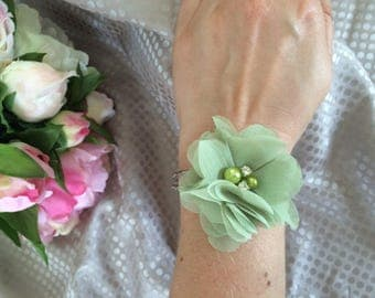 Light green chiffon flower bracelet