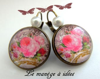 "Earrings ""on the roses"" bronze metal."