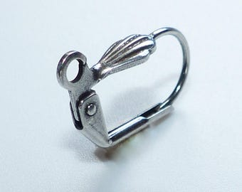 Boucle d'oreille coquillage argenté de qualité - 10 paires  - Ref: BO1