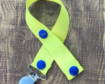 Green and Blue Paci Clip