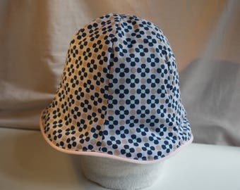 Cloche hat with blue flowers