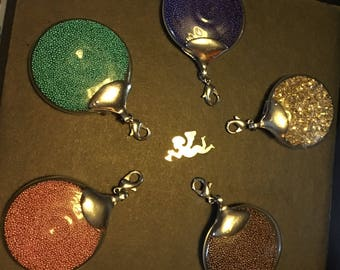 Pendant glass Globe with micro beads