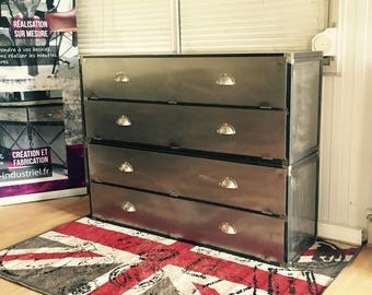 Industrial style clamshell entry Dresser