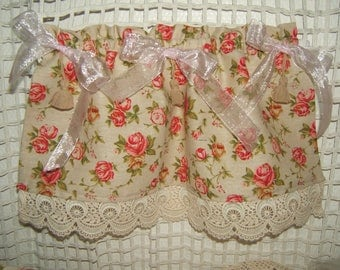 """Romantic and shabby! Pair of curtains """"Breeze bise"""" roses and lace"""