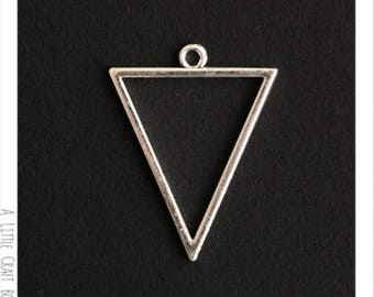 2 pendants / charms - silver Triangle