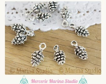 5 5x15mm silver pine cone charms