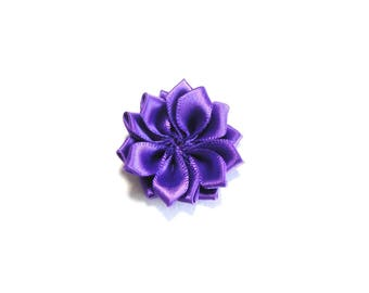 1 Fleur in purple satin fabric