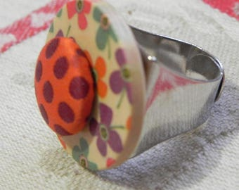 Adjustable ring, multicolor wood button and fabric