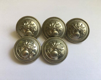Buttons in the Granada
