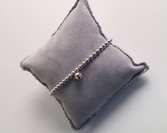 PEARL BRACELET WITH SILVER BELL