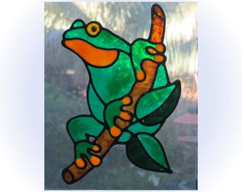 Green Tree Frog on a Branch: Glassyart Suncatcher Clings