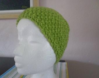 headband knitted with acrylic yarn