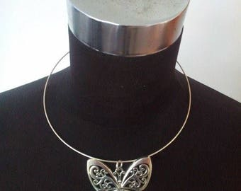 Choker necklace silver tone and large Butterfly