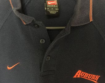 Auburn Tigers VTG Gameday Polo. Size small but fits like a medium