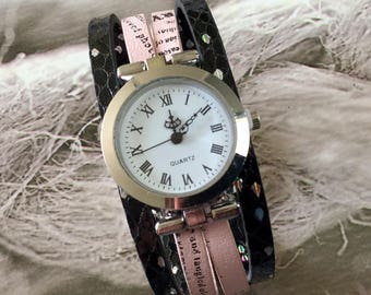 Ladies watch. SIZE M bracelet silver round pink and black