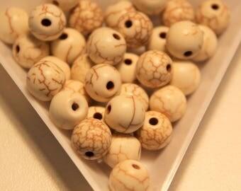 x 10 - 8 mm - white ivory howlite beads