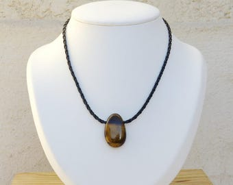 Necklace man with the Tiger eye stone