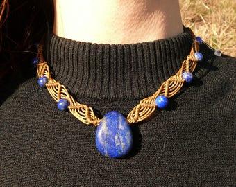 Lapis lazuli - Stone drilled - macrame necklace