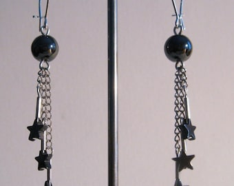 3 hematite stars mounted on 3 thin chains earrings