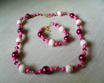 set (necklace and bracelet) colored, thin, summer (pink and white)
