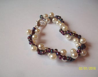 White Pearl bracelet and seed bead