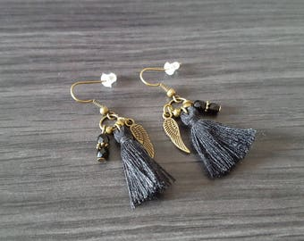 Earrings tassel winged black