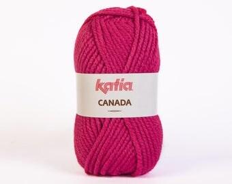 Ball of yarn knitting CANADA collar. 17 fuchsia - Katia - 100% Acrylic