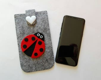 Grey/melange felt mobile phone case with Ladybug Gray/melange mobile phone case with Ladybug