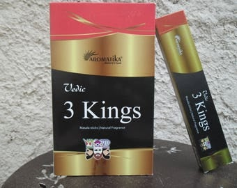 Sandalwood Patchouli wood box of 15 gr Aromatika Premium 3 Kings frankincense Musk incense sticks