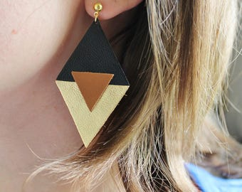 TRIANGLE leather earrings black and gold