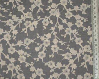 """Temptations"" 07 - Makower - patchwork fabric"