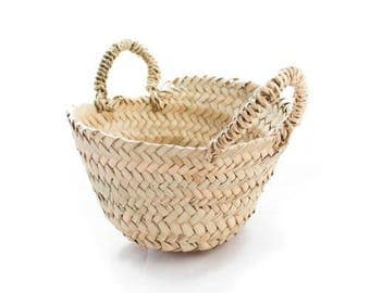 This tote bag. XS basket has handles made of Palm to customize. Small basket. Palm tree basket.