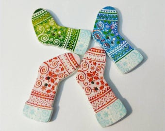 Lot 4 buttons green, blue and Red Christmas boots