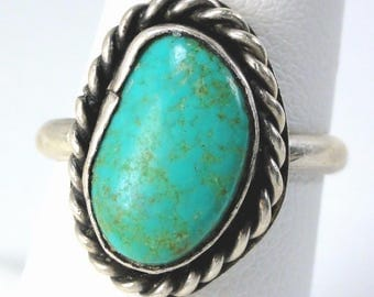Vintage Native American Ring Sterling and Turquoise size:7 1/4 weight 4.4g ET5922
