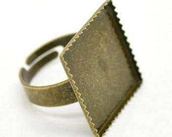 4 bronze metal rings holders